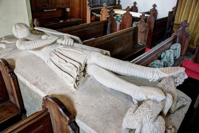 Sir Thomas Payne effigy